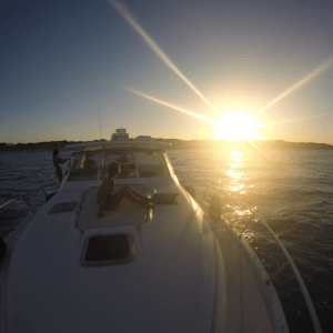Rent a boat on your holiday through Airbnb Salou